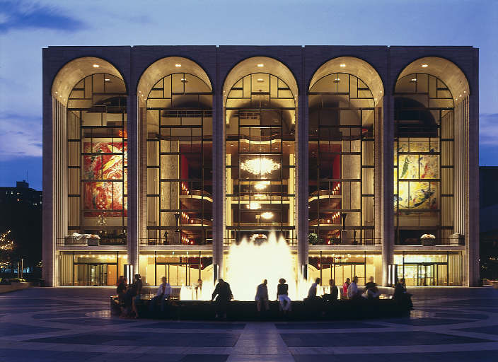 "Metropolitan Opera ""Rings"" In New Season"